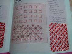 30.minta Smocking Tutorial, Smocking Patterns, Fabric Decor, Fabric Crafts, Bed Cover Design, Fabric Manipulation Techniques, Canadian Smocking, Smocks, Needle And Thread