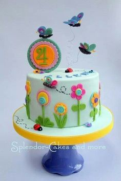 Small textile style cake with gumpaste topper and butterflies, button centres and stiching. Pretty Cakes, Cute Cakes, Fondant Cakes, Cupcake Cakes, Rodjendanske Torte, Little Girl Cakes, Butterfly Cakes, Butterflies, Flower Cakes