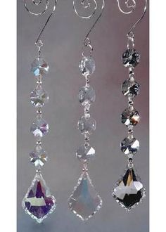 Create sparkling decorations with this glass garland with gemstone drop crystal bead. Hang these on your table centerpieces, archways, chairs, vases, chandelier Crystals And Gemstones, Crystal Beads, Crystal Rhinestone, Hanging Crystals, Chandelier Crystals, Hanging Beads, Acrylic Chandelier, Diy Y Manualidades, Diy Wind Chimes