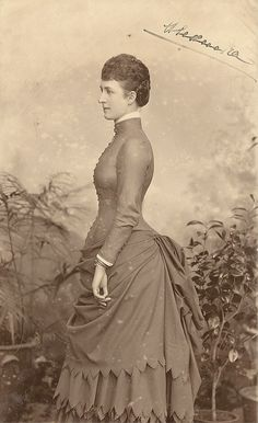 Pss Alexandra of Wales in the 1880s