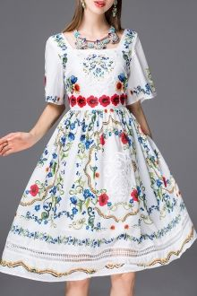 SHARE & Get it FREE   Embroidery Bell Sleeve Flare DressFor Fashion Lovers only:80,000+ Items • New Arrivals Daily • FREE SHIPPING Affordable Casual to Chic for Every Occasion Join Dezzal: Get YOUR $50 NOW!