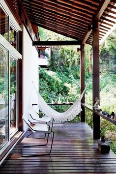 hammock - veranda - Eclectic Brazilian Home Outdoor Rooms, Outdoor Living, Future House, Exterior Design, Interior And Exterior, Outside Living, My Dream Home, Beautiful Homes, Brazil