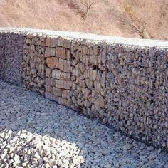 Gabion with texture changes.
