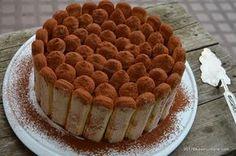 Tort tiramisu cu piscoturi - fara coacere savori urbane