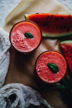 Watermelon Coconut Aloe Juice aka How to Rehydrate Like a Goddess — Will Frolic for Food - Rezepte Zu Trinken Healthy Juices, Healthy Smoothies, Healthy Drinks, Smoothie Recipes, Green Smoothies, Healthy Eating, Watermelon Smoothies, Healthy Detox, Detox Drinks