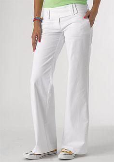 i love white pants for summer. :)