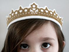 Heat Transfer Glitter Crown by Jessee M for Silhouette America
