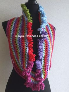 #Xyra #PATR1013 #damessjaal #dames #sjaal #haakpatroon #patroon #haken #gehaakt #crochet #pattern #scarf #shawl #DIY #recht #colsjaal #cowlscarf #col #cowl  Patroon (NL) is beschikbaar via: Pattern (English-US) is available at: www.xyracreaties.nl www.ravelry.com/stores/xyra-creaties www.etsy.com/shop/XyraCreaties