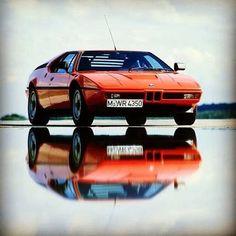 Everyone loves a throwback BMW M1 | throwback | BMW | M series | M1 | BMW photos | BMW classics | classic cars