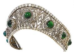 Emerald and Diamond Kokoshnik made by the Russian jeweller, Bolin. Bought by King Alexander of Yougoslavia for his wife Queen Marija (Marie)