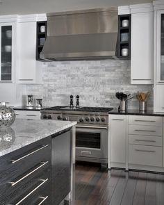 Jack Rosen Custom Kitchens - Modern kitchen with chrome accents Kitchen Designs Photos, New Kitchen Designs, Kitchen Pictures, Kitchen Ideas, Design Kitchen, Kitchen Inspiration, White Contemporary Kitchen, Transitional Kitchen, Kitchen White