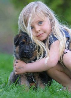 What every girl needs.A German Shepherd Puppy! Dogs And Kids, Animals For Kids, Baby Animals, Dogs And Puppies, Cute Animals, Funny Babies, Cute Babies, Funny Baby Pictures, Mundo Animal