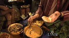 Rick Bayless l CHEESE - mushroom-queso fundido Mexican Dishes, Mexican Food Recipes, Real Food Recipes, Mexican Cooking, Healthy Recipes, Ethnic Recipes, Rick Bayless, Best Appetizers, Appetizer Recipes