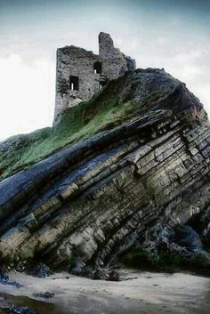 Seaside resort west coast Ireland - that's exactly what I was taught at school about rock formation! Amazing!