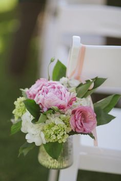 Classic Vineyard Wedding by Candi Coffman - Southern Weddings Magazine flowers by Southern Blooms