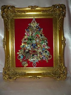 "VTG Rhinestones Jewelry XMAS Tree in VTG Ornate Wood Carved Gilded Frame 17""X20"" Christmas Tree Costume, Christmas Tree Art, Christmas Jewelry, Christmas Crafts, Jewelry Frames, Jewelry Tree, Old Jewelry, Jewlery, Vintage Jewelry Crafts"