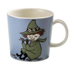 Snufkin Moomin mug from Arabia by Tove Jansson, Tove Slotte Moomin Shop, Moomin Mugs, Moomin Valley, Tove Jansson, Enchanted Doll, Porcelain Mugs, Ceramic Cups, Marimekko, Scandinavian Design