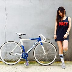 Learning to ride a bike is no big deal. Learning the best ways to keep your bike from breaking down can be just as simple. Buy Bike, Bike Run, Fixed Gear Girl, Chicks On Bikes, Female Cyclist, Bike Photography, Cycling Girls, Cycle Chic, Bicycle Maintenance