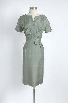 """1950's Classic. Looks like a wardrobe piece from """"Mad Men."""""""