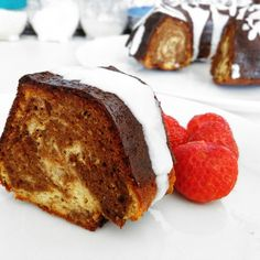 Fitness kefírová bábovka - zdravý recept Bajola Low Cholesterol Diet, Cooking Recipes, Healthy Recipes, Healthy Cake, Sweet Cakes, Kefir, Food Inspiration, Baked Goods, Clean Eating