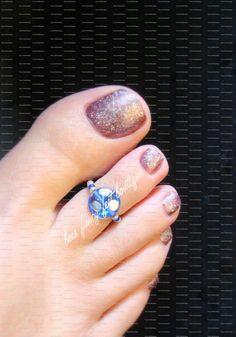 Toe Ring Aqua Blue Glass Stretch Bead Toe by FancyFeetBoutique