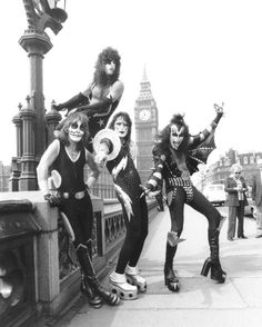 Peter Criss, Paul Stanley, Ace Frehley and Gene Simmons of KISS in London, 1976 (Photo by Chris Walter/WireImage)