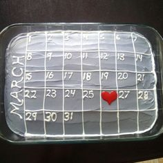Anniversary cake. Calendar cake. Gift idea. Gifts for him. #boyfriendgifts