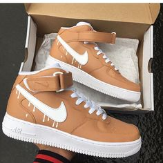 717513e8a3fbc1 136 Best Sneakers images