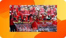 Hari Buruh Nasioanal 2021, KSPI Akan Desak 2 Isu Utama   Betantt.com Monopoly, Signs, Politics