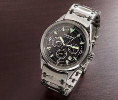 Eine Uhr, zwei Looks - #Herren-Edelstahl-Chronograph in #Fliegeruhren-Optik mit austauschbarem #Lederarmband für €59,95 bei #Tchibo