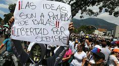 """""""Roberto hermano, en tu nombre seguimos nuestra lucha! no descansaremos hasta hacer justicia."""" pic.twitter.com/VA4OV0zrr0"""