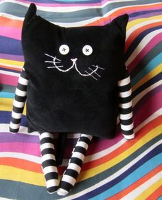 Amazing Home Sewing Crafts Ideas. Incredible Home Sewing Crafts Ideas. Sewing Toys, Baby Sewing, Sewing Crafts, Sewing Projects, Fabric Toys, Fabric Crafts, Doll Patterns, Sewing Patterns, Sock Dolls