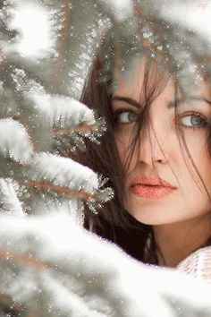 Beautiful woman on the background of spruce spruce! - - Beautiful woman on the background of spruce spruce! Snow Photography, Creative Photography, Portrait Photography, Levitation Photography, Exposure Photography, Abstract Photography, Photography Studios, Photography Ideas, Wedding Photography