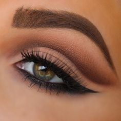 I used the anastasia beverly hills tamanna dress your face palette for this look!