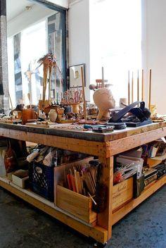 Mary's Singular Live/Work Studio - - Werkstatt / Atelier - Decor world Home Art Studios, Studios D'art, Art Studio At Home, House Studio, Dream Studio, Artist Studios, Studio Table, Studio Studio, Music Studios