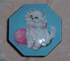 Vtg Tom Fillery's Fruit Drops Tin Great Britain White Persian Angora Cat Kittens #TomFillery