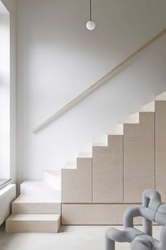Leibal features minimalist design in regards to architecture, interior design, furniture design, and product design. Stairs Architecture, Residential Architecture, Interior Architecture, Minimalist Apartment, Interior Stairs, Apartment Interior, House Stairs, First Apartment, Cool Apartments
