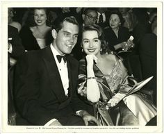 Jeffrey Hunter & Barbara Rush at a movie premiere, 1954 They were Mr. from 1950 - Barbara Rush, Jeffrey Hunter, Old Hollywood, Comedians, Actors & Actresses, Movie Tv, Husband, Couples, Celebrities