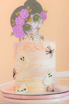 Get spooked by this awesome Halloween party! The cake is amazing! See more party ideas and share yours at CatchMyParty.com Halloween Bingo Cards, Halloween Countdown, Halloween Party Favors, Halloween Cupcakes, Halloween Activities, Halloween Decorations, Halloween Photos, Family Halloween, Spooky Halloween