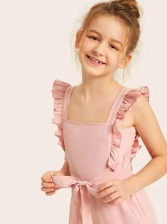Baby Girl Dress Patterns, Kids Outfits Girls, Little Girl Dresses, Kids Girls, Girl Outfits, Cute Outfits, Girls Fashion Clothes, Girl Fashion, Moda Junior