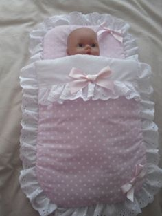 PRETTY PINK POLKA DOT DOLLS PRAM SET