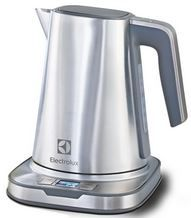 Buy this Electrolux ELKT17D8PS Expressionist Kettle with deep discounted price online today.