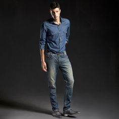 Pra começar bem a semana: look total jeans e sapato Nápoles cinza - ref. 5302I
