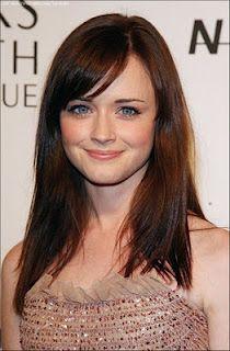 Alexis Bedel. i love her dark red hair