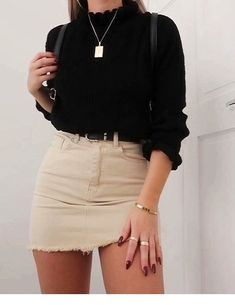 Outfit for spring. You need to try. - Miladies.net Waist Skirt, High Waisted Skirt, Mini Skirts, High Waist Skirt, Mini Skirt