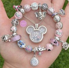 Disney Pandora Bracelet, Pandora Charms Disney, Disney Jewelry, Pandora Bracelets, Pandora Jewelry, Cute Jewelry, Charm Jewelry, Charm Braclets, Pinterest Jewelry