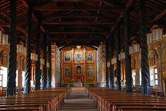 Interior de la lglesia de las Misiones en Bolivia por los Jesuitas.