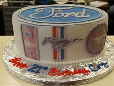 Ford Mustang Cake  Oh I want Stephie!!!!