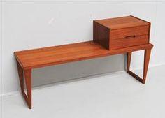 Køb og sælg moderne, klassiske og antikke møbler - Kai Kristiansen f. 1929. Bænk i teak med tilhørende skuffekassette, model 36 - DK, Kolding, Trianglen