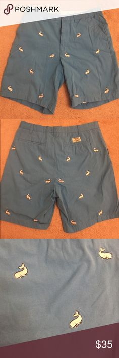 "Castaway Clothing Short w/ Embroidered Whales 34W Excellent condition.  Men's Castaway Clothing shorts with embroidered whales.    - Plain Front - 9"" Inseam - Button closure and zip fly - 1/4 Top front pockets - Welt back pockets, left with button closure, right open - Lined waistband and lined pockets - 100% Cotton Castaway Clothing Shorts Flat Front"